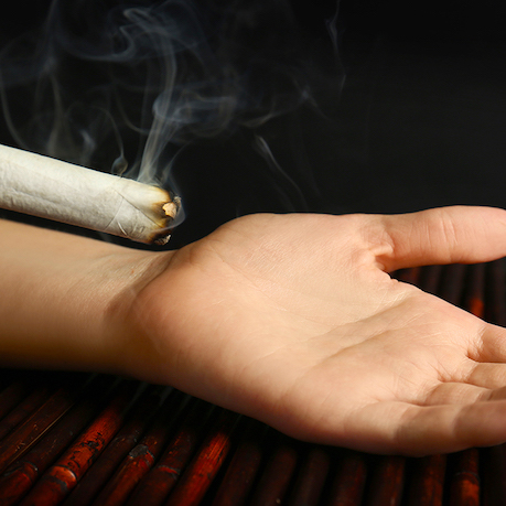 moxibustion_hand_square-copy